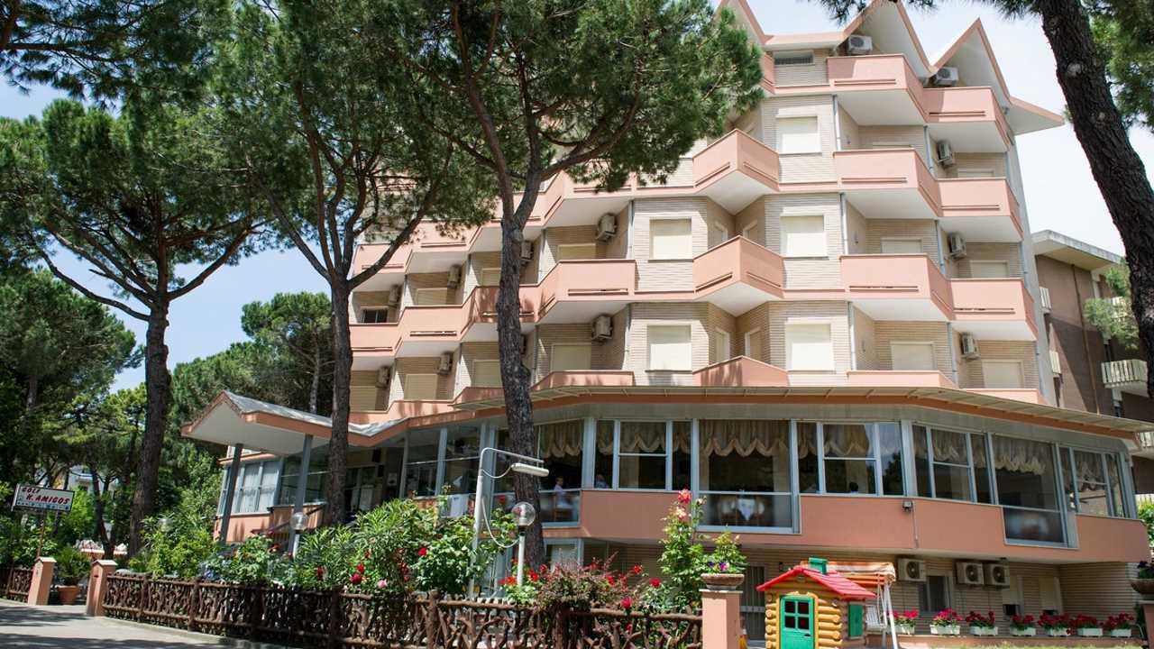 01 Hotel Amigos Milano Marittima