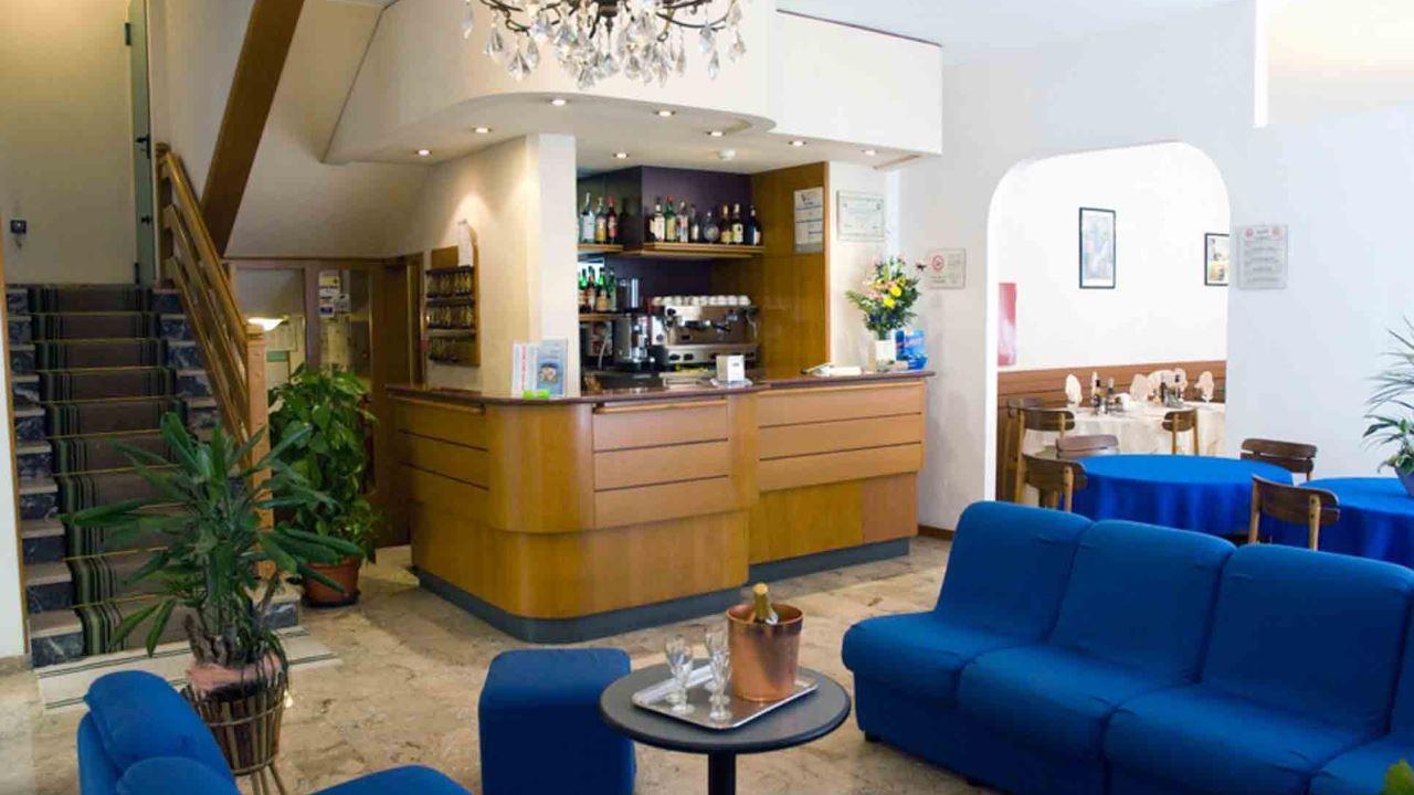 Hotelcarezza-cervia-interno