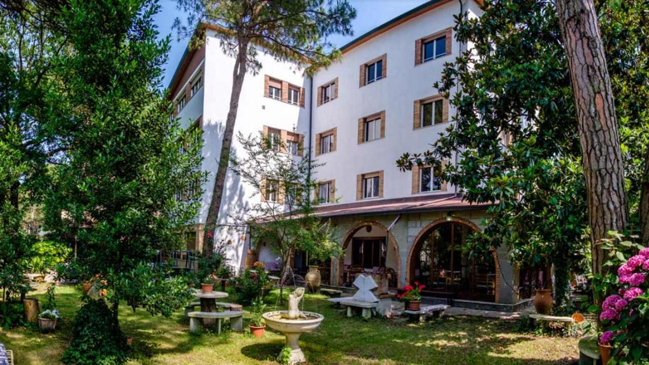 HotelBiancaneve-MilanoMarittima-esterno
